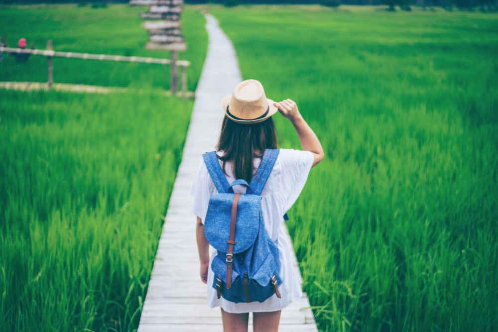 Vietnam visa: a Traveler looks at the sea bay. Vietnam