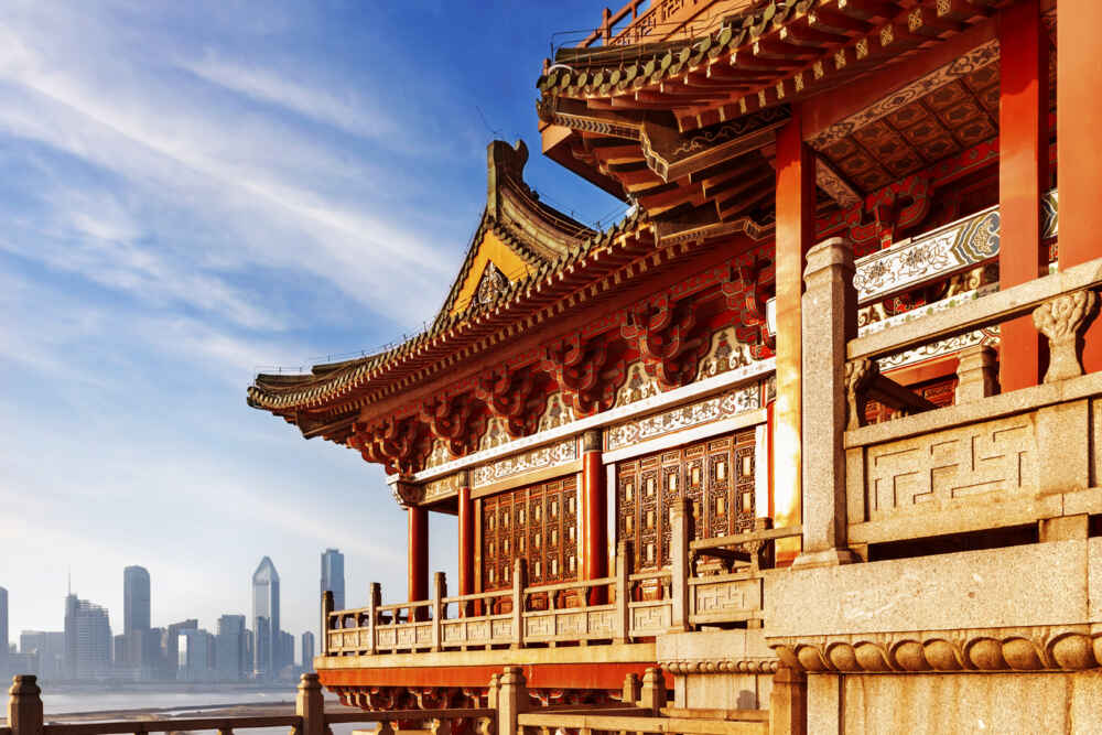 best time to visit china and hong kong - ancient chinese architecture - backyard travel