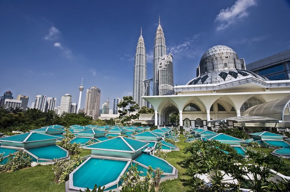 15 Best Places To Go In Malaysia With Family