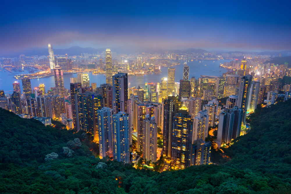 best time to visit china hong kong at night