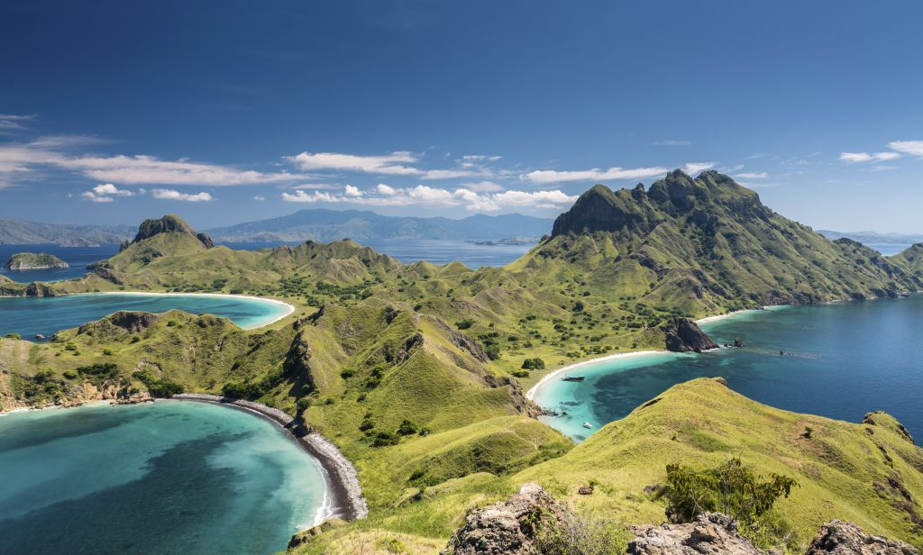 Travel experiences only in Asia: Komodo island - blue water and sandy beach, beautiful scenery