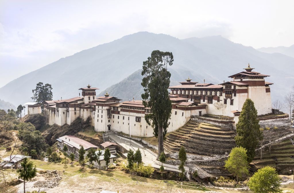 Christmas holidays in Asia - Bhutan fortress