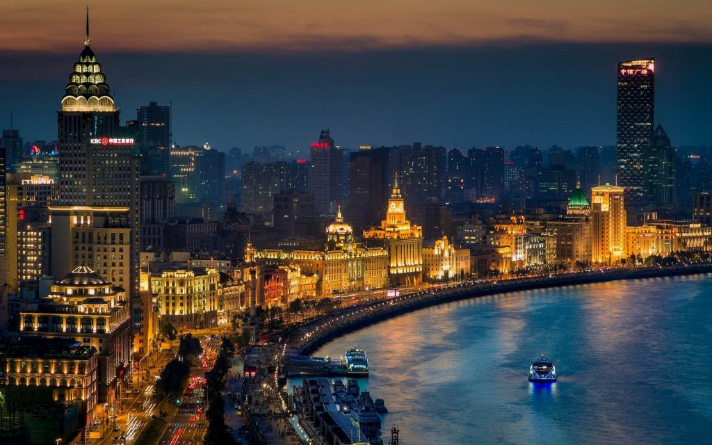 Christmas holiday in Asia - The Bund, Shanghai