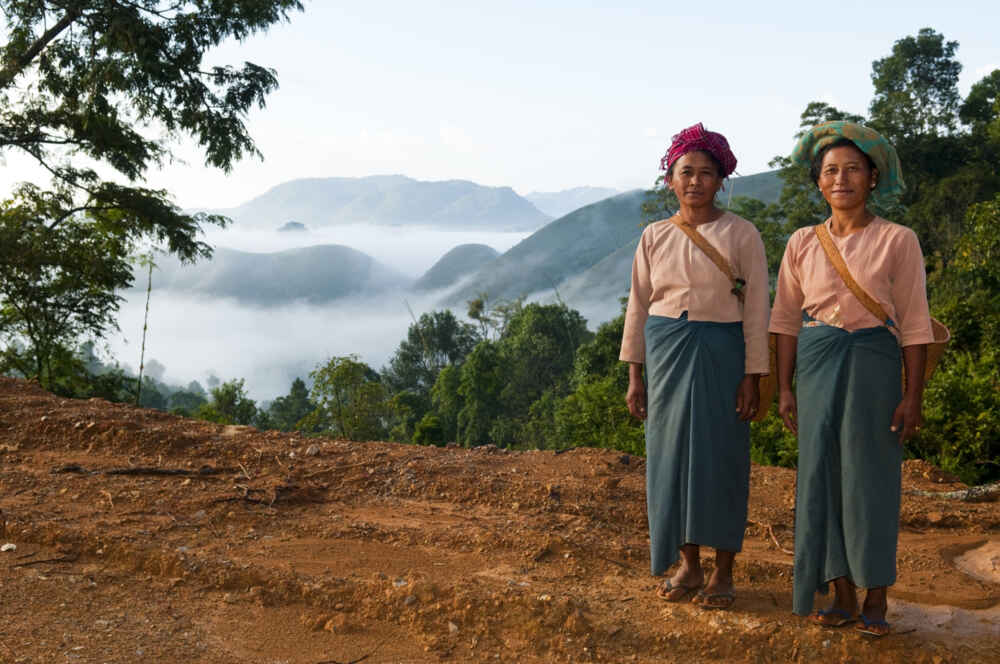 Kalaw Shan women Myanmar multi country holidays in asia