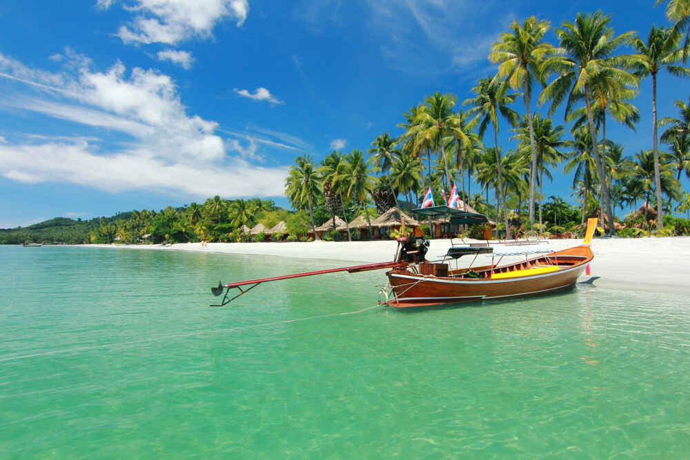Boat to Paradise at trang Thailand