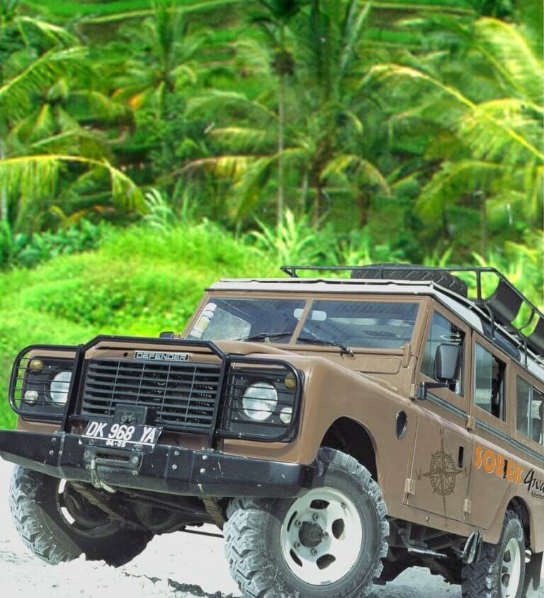 luxury tour of Borneo: jeep car