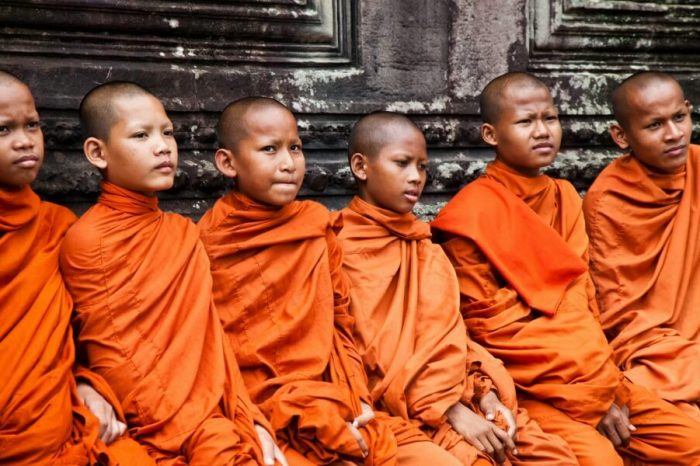 KINGDOMS PAST & PRESENT: TOUR FROM BANGKOK TO ANGKOR WAT