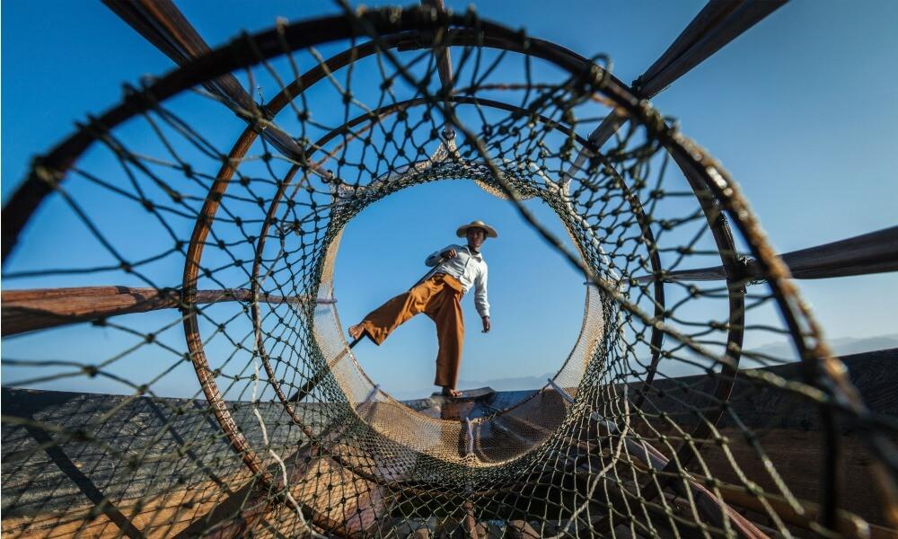 1-week Myanmar Tour: fisherman