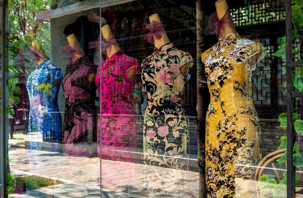 Cheongsam traditional Chinese clothing seen in a 10 day China tour