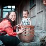 China-People-Mother-and-Daughter-Woman-From-Chinese-Yao-Tribe