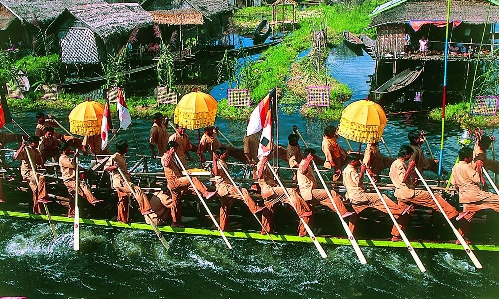 Phaung Daw Oo festival at Inle Lake