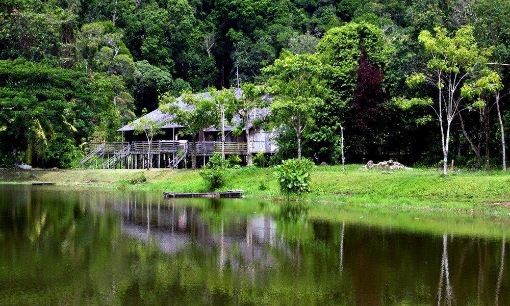 Sarawak Tour: Long house