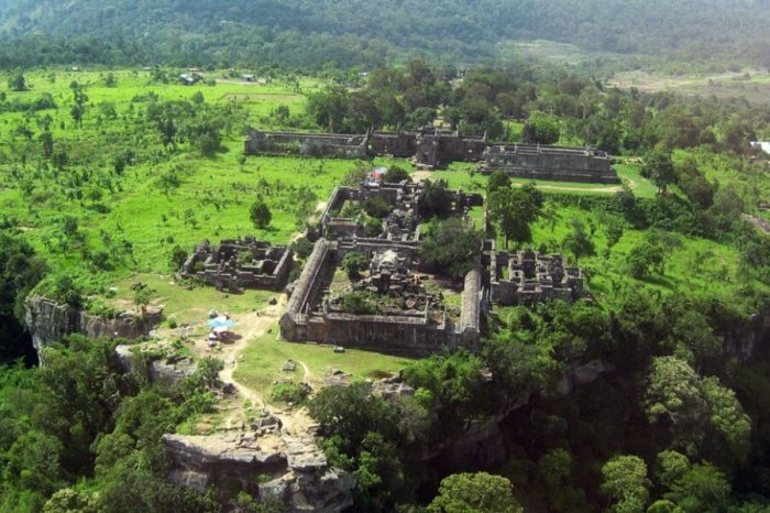 DISCOVER THE ANGKORIAN TEMPLES OF PREAH VIHEAR