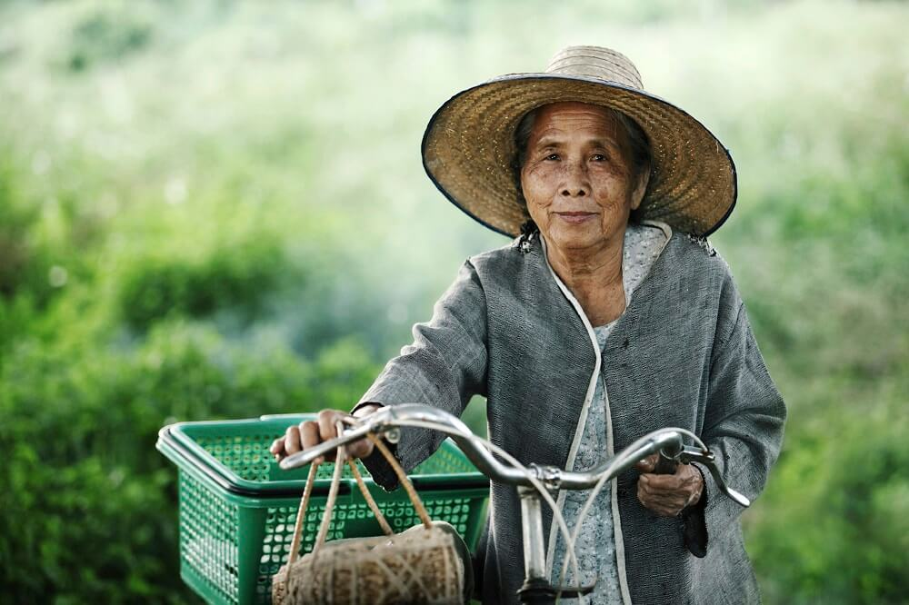 Isaan Thailand tour: local farmer