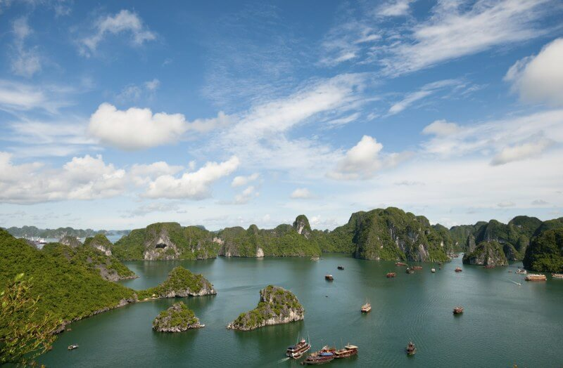 Grand tour of Indochina: touring and cruising along Halong Bay - beautiful scenery