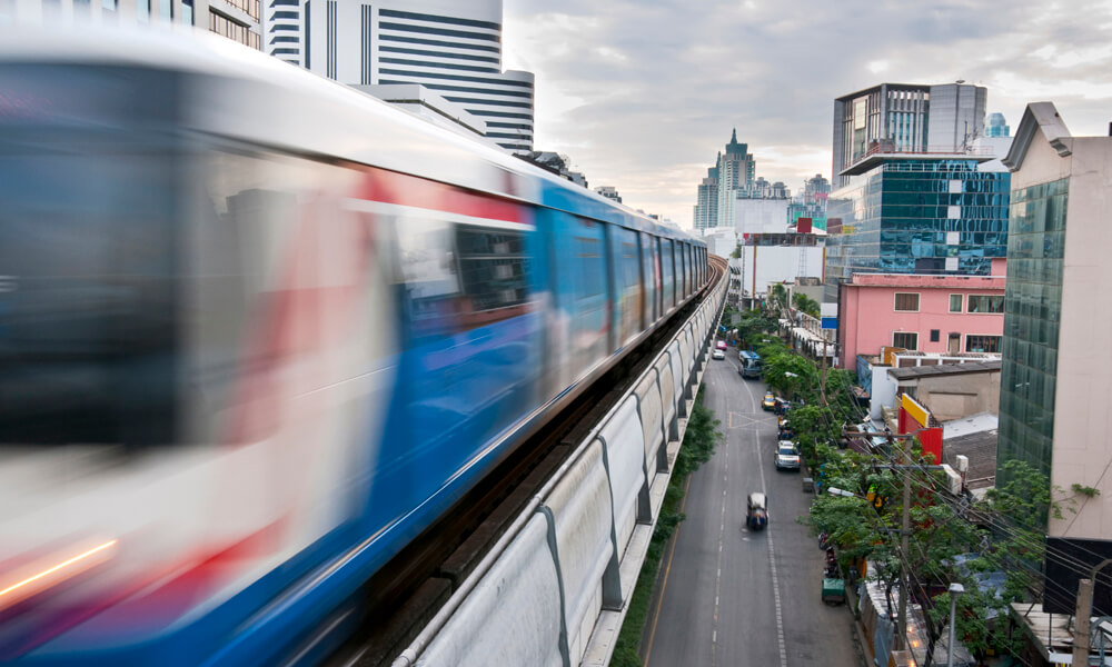 5 day tour in Bangkok: sky train