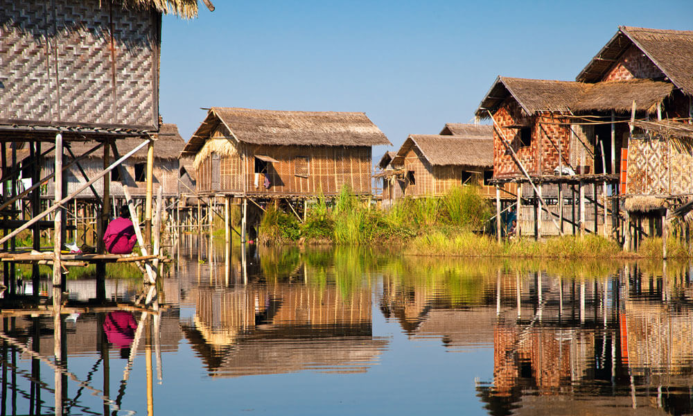 Best of Myanmar: floating houses