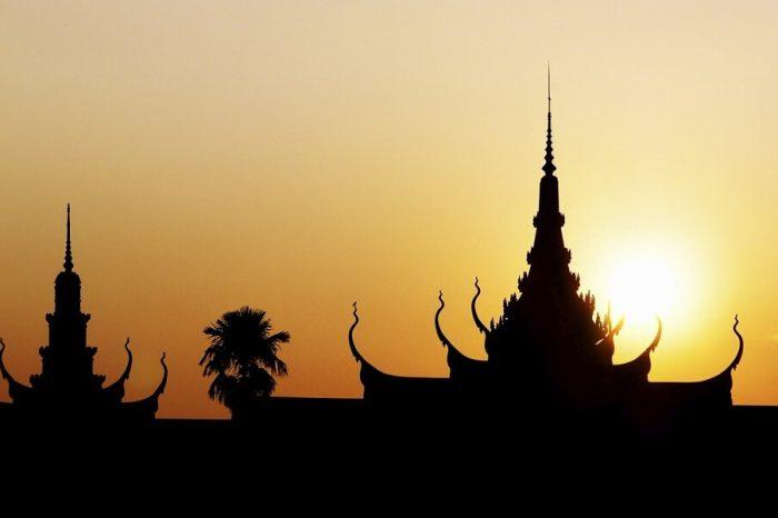 LUXURIOUS CAMBODIA
