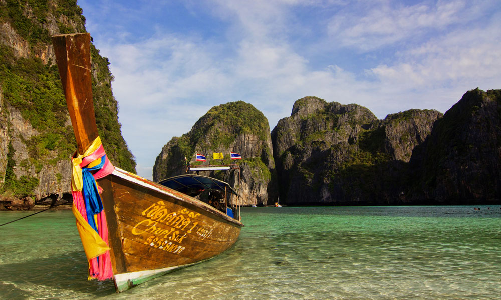 2-week Thailand tour: boat on phuket beach
