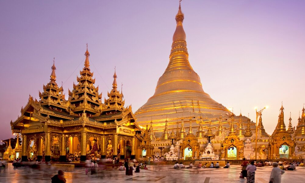 Romantic Myanmar tour: Golden pagoda on sunset