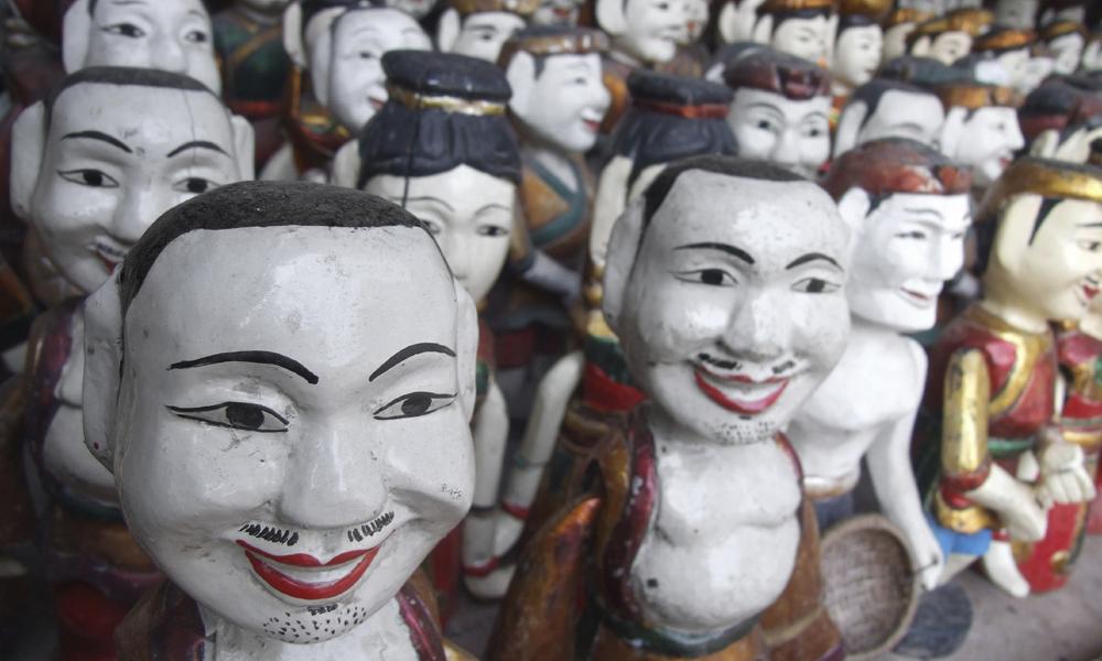 Vietnam private tour: traditional craft pupets