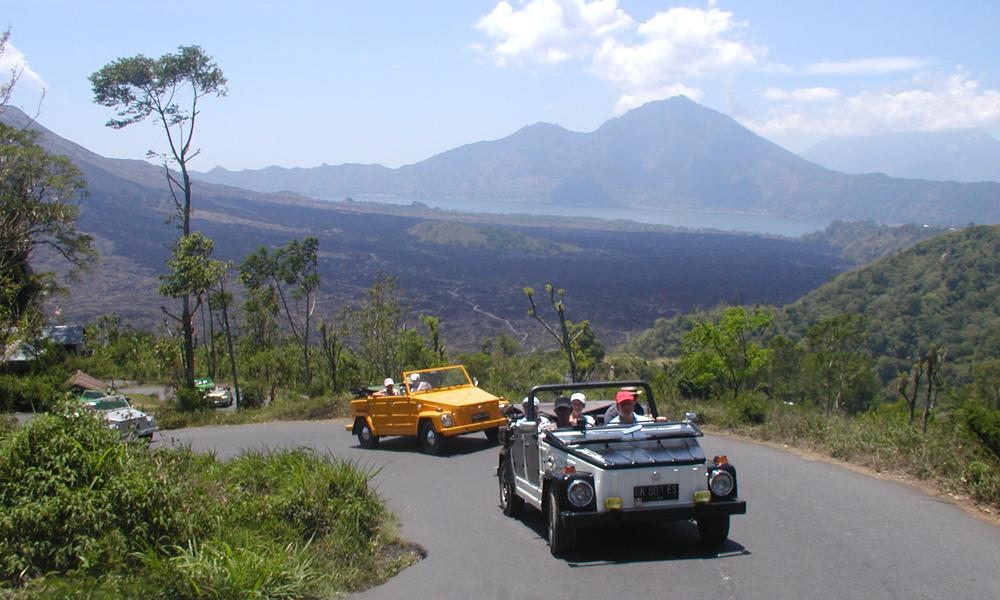 Bali driving tour: Volkswagen convertible
