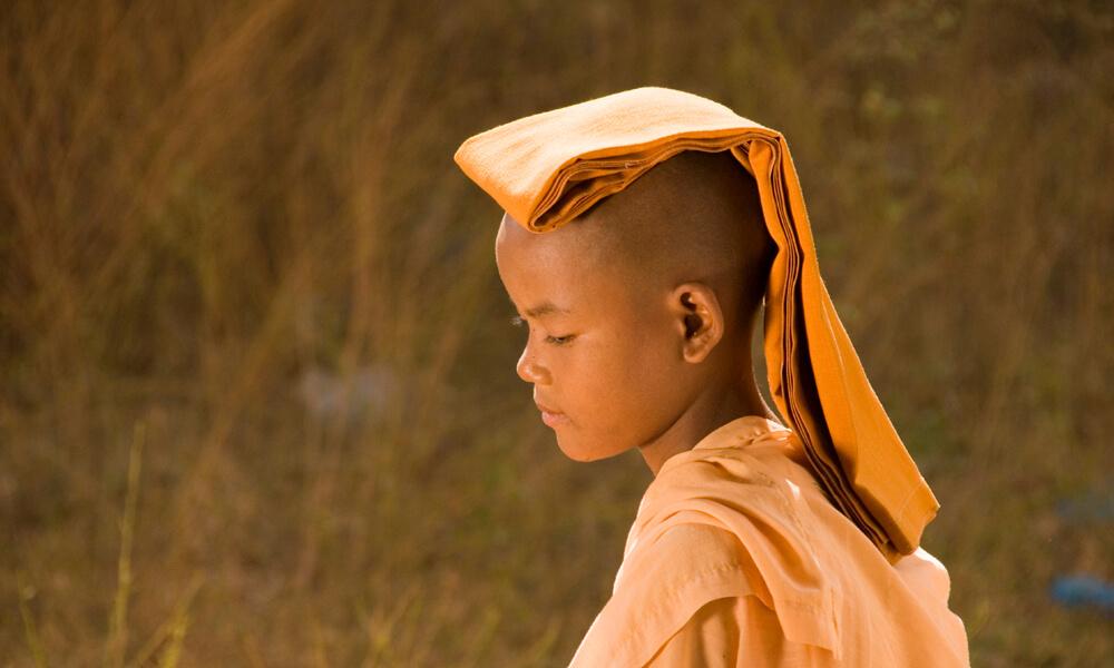 Luxury Myanmar tour: Young nun from Myanmar