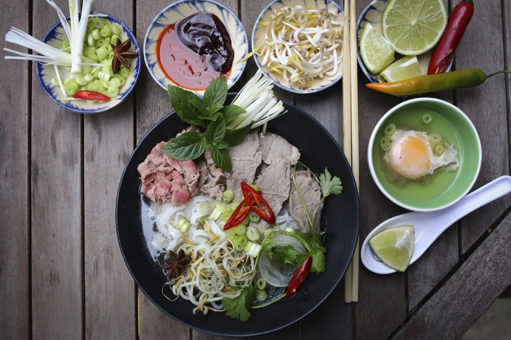 Hanoi street food: Pho, Vietnamese rice noodles