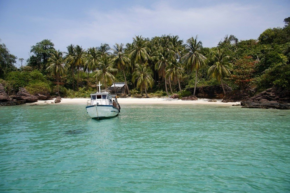 Vietnam - Phu Quoc - Turquoise crystal clear tropical sea