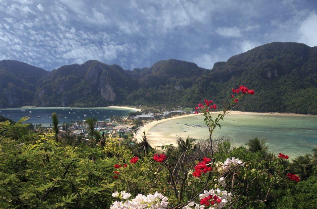 Phuket Beach Holiday: Phi Phi island view point