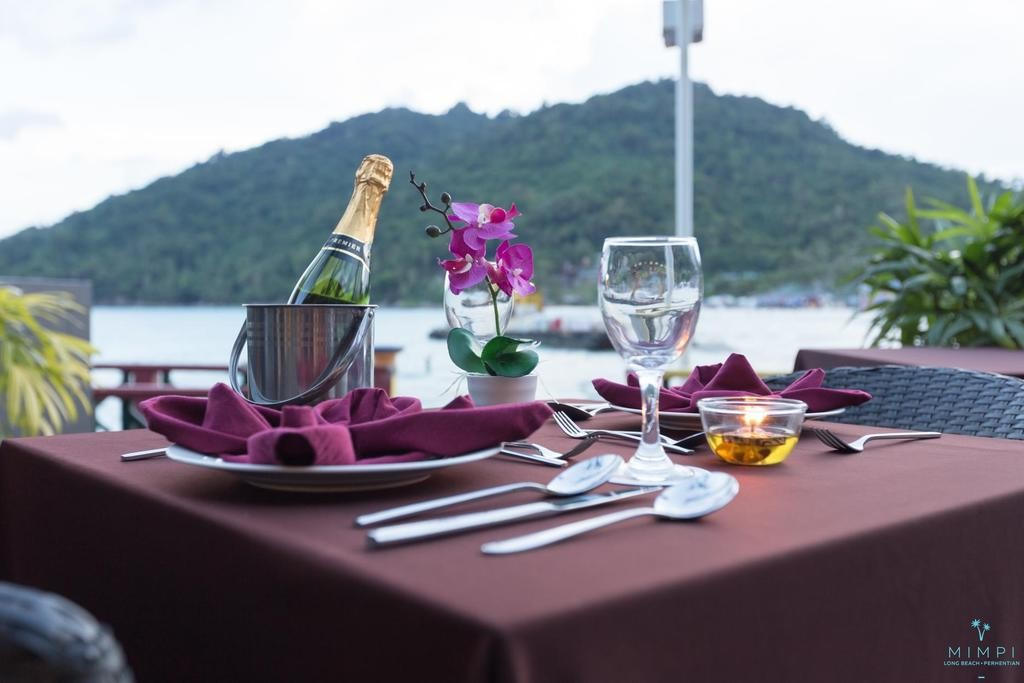 Luxury resort in Perhentian Islands, Malaysia: dining