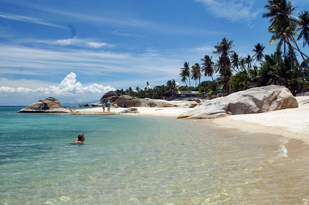 family holiday in Thailand: Koh Samui Lamai beach