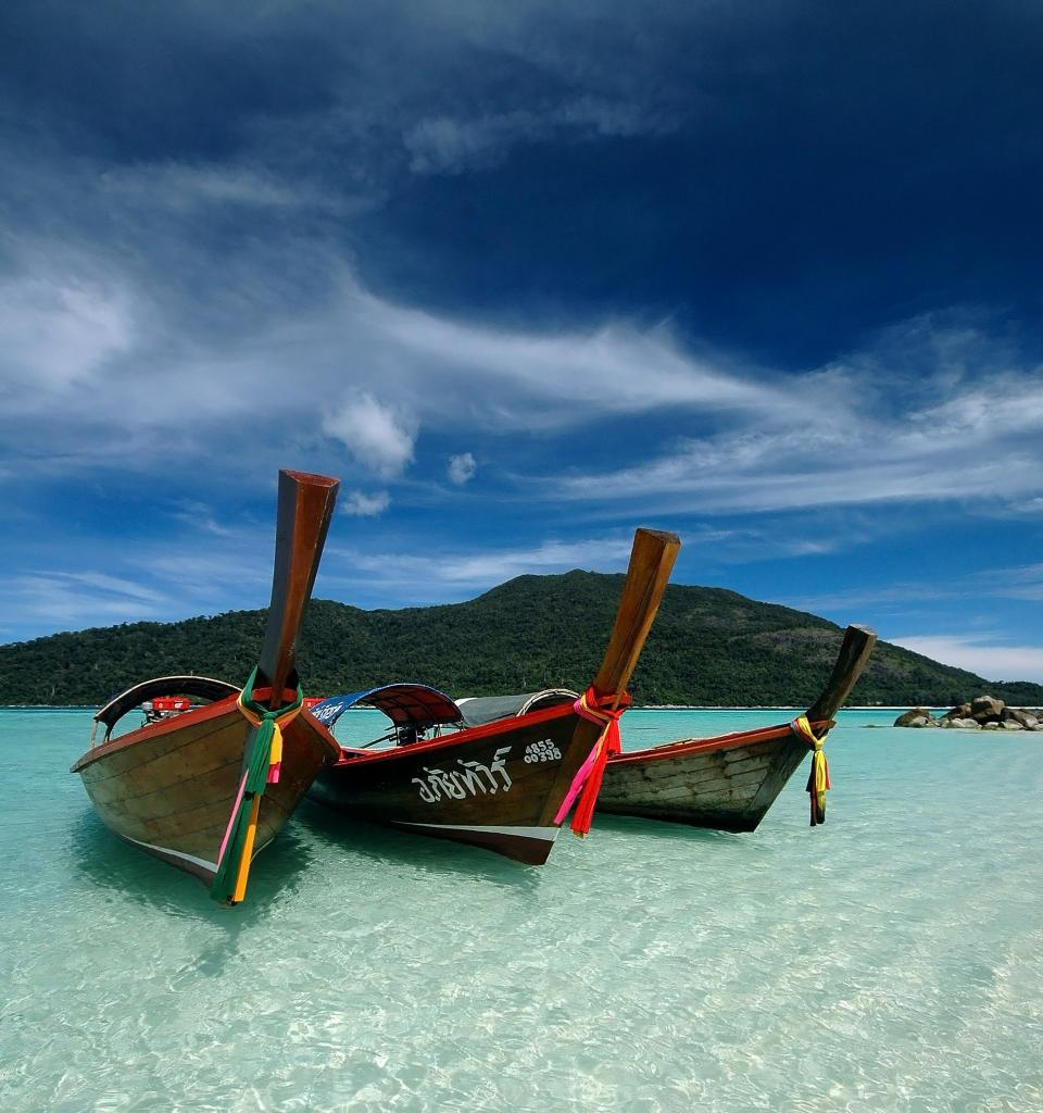 family holiday in Thailand: Phuket longtail boats