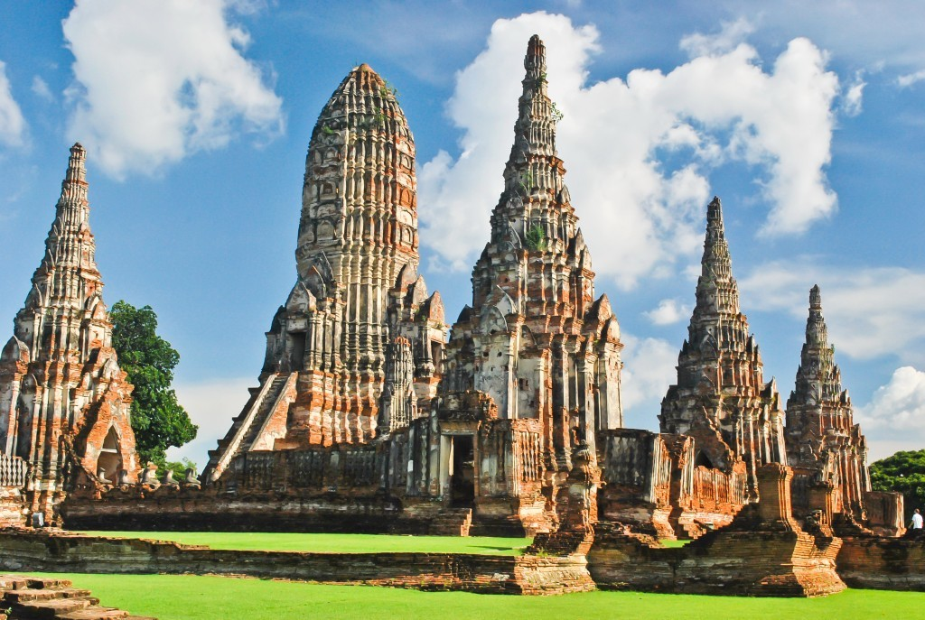 family holiday in Thailand: Ayutthaya - Wat Chaiwatthanaram