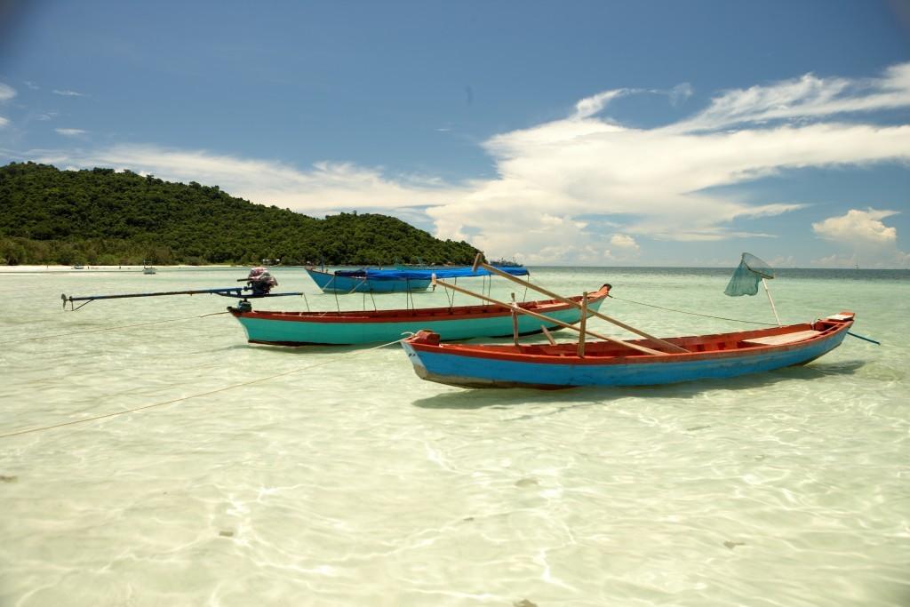 Vietnam for families: Phu Quoc island shore