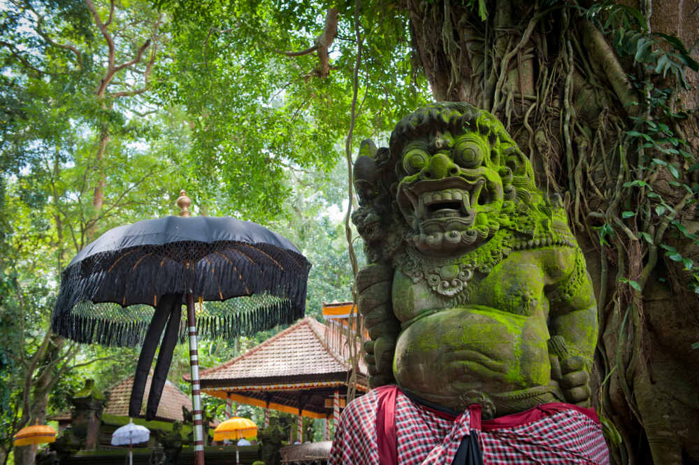 Ubud culture trip: Balinese statue
