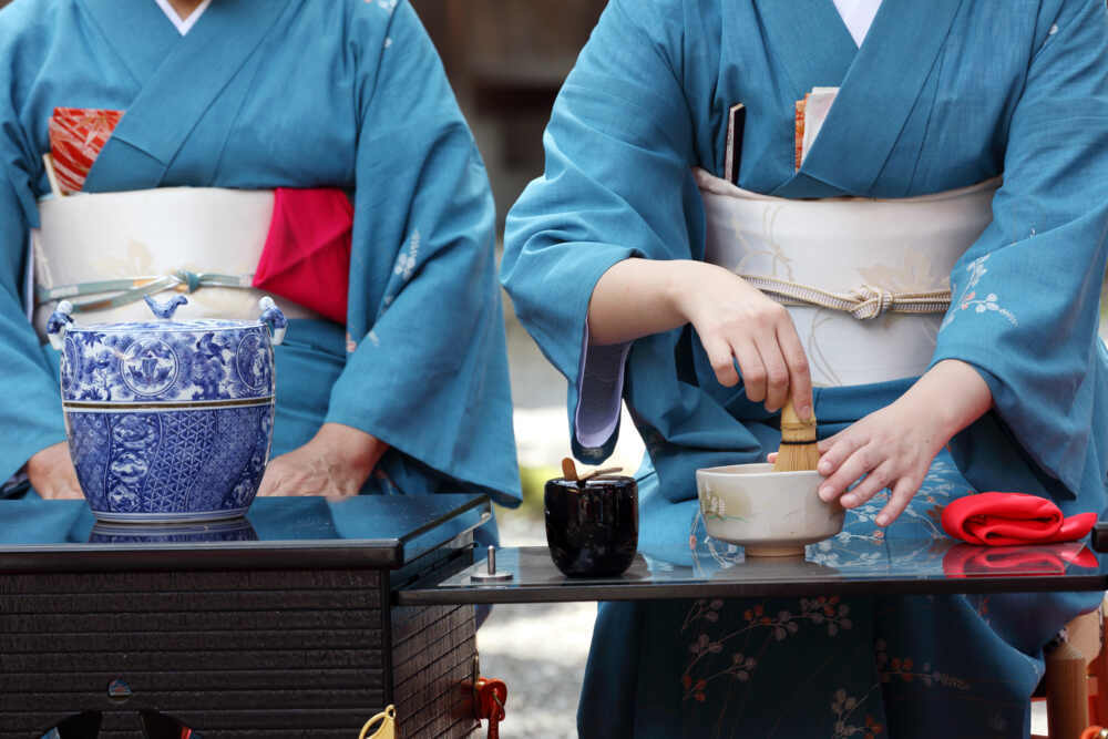 Gree tea ceremony in Japan cultural tour