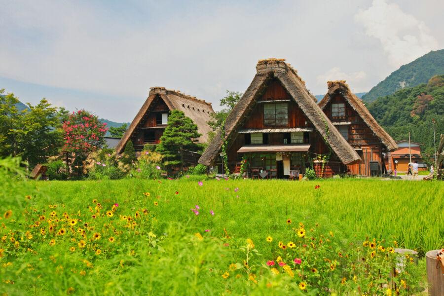 visit shirakawago during an off the beaten track tour of japan with backyard travel