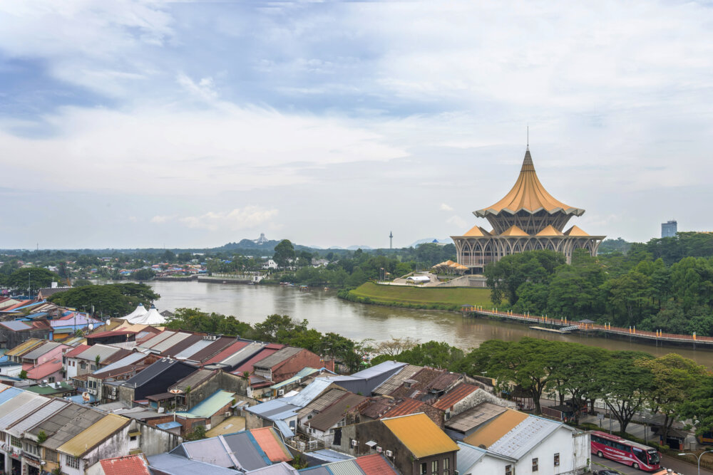 highlights of kuching - view of the city and its old quarter